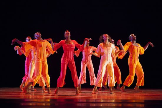 contemporanea  Alvin Ailey® American Dance Theater en el Teatre Liceu