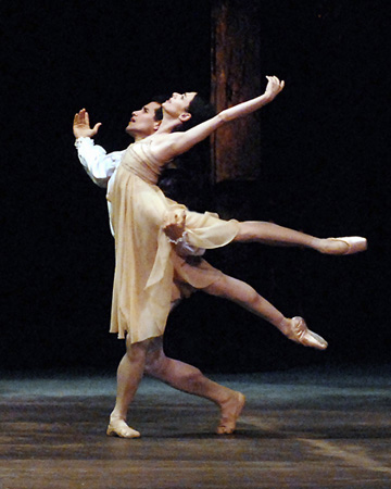 Picture from the ballet Romeo and Julia, from the famous bedroom pas de deux by Jose Manuel Carreno and Alessandra Ferri