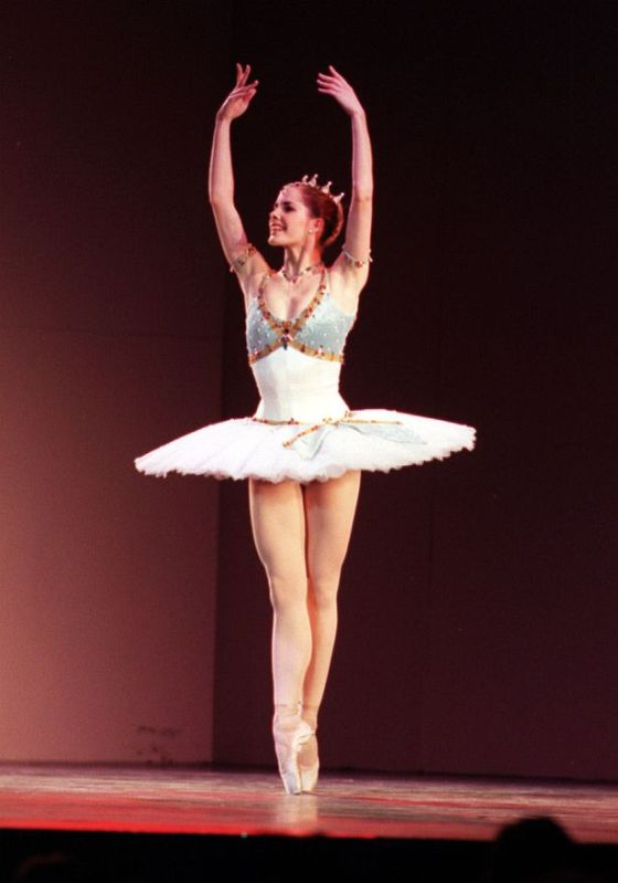 bailarines de ballet  Darcey Bussell an international ballet competition to Scotland