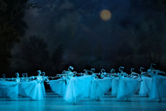 clasica  Mariinsky Theatre, 17 April: Giselle