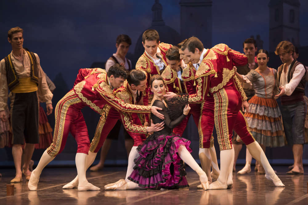 """clasica bailarines de ballet  La Compañía Nacional de Danza en la gira del ballet """"Don Quijote"""", de Minkus"""