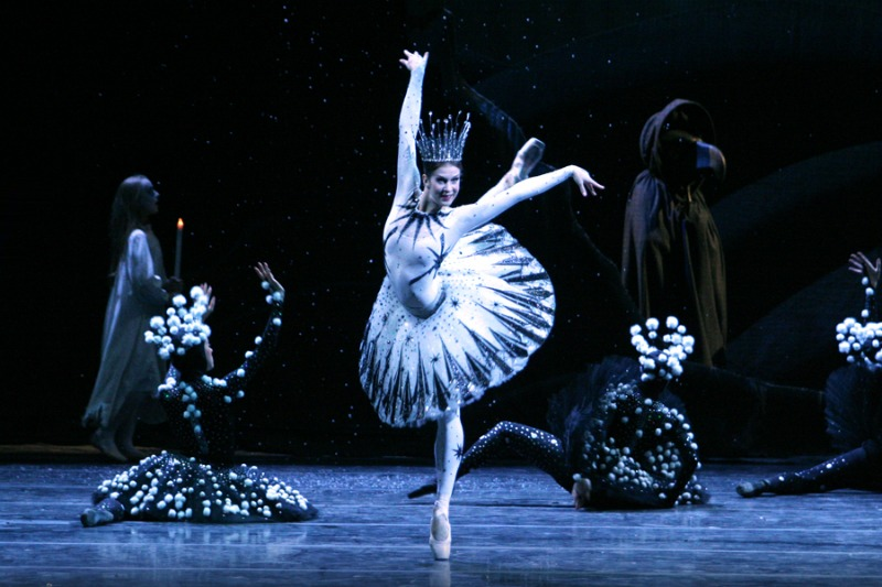 bailarines de ballet argumentos de ballet  NUTCRACKER STORY, directed by Margy Kinmonth
