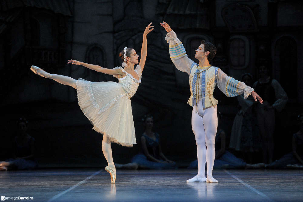 Coppélia - Ballet Nacional Sodre - Julio Bocca