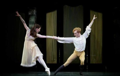 Mayerling – Sarah Lamb as Mary Vetsera and Steven McRae as Prince Rudolf. © ROH, 2017. Ph. Alice Pennefather