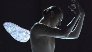 "videos  Vionnet in ""Homage to Isadora Duncan"""
