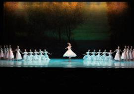 bailarines de ballet  Magia en el escenario del Festival de Peralada con el Ballet del Teatro Mariinsky