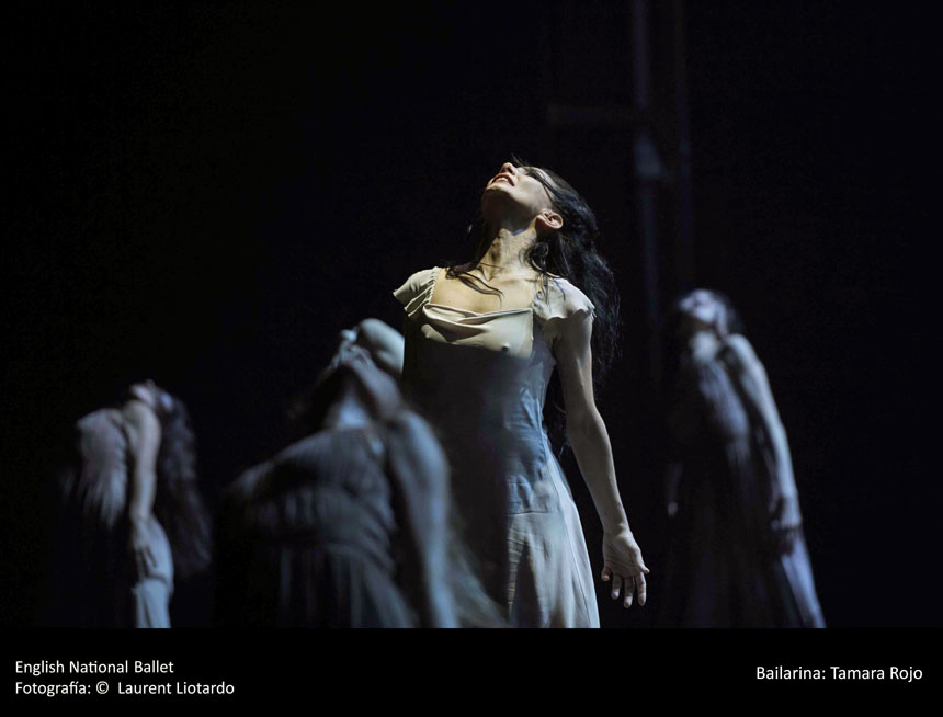 bailarines de ballet  Choreographer Akram Khan, Giselle for English National Ballet