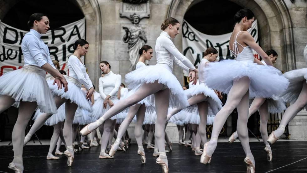 libro de visitas  OPERA EUROPA pide al gobierno español reconsidere la subida del IVA cultural