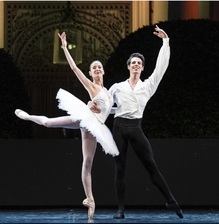 festivales bailarines de ballet  Gala de Ballet Étoiles de la Ópera de París 2020 en el Festival Jardins Pedralbes, Barcelona
