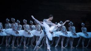 bailarines de ballet  Fue una tarde en Oviedo que vi bailar a Maya Plisetskaya la Muerte del Cisne ...