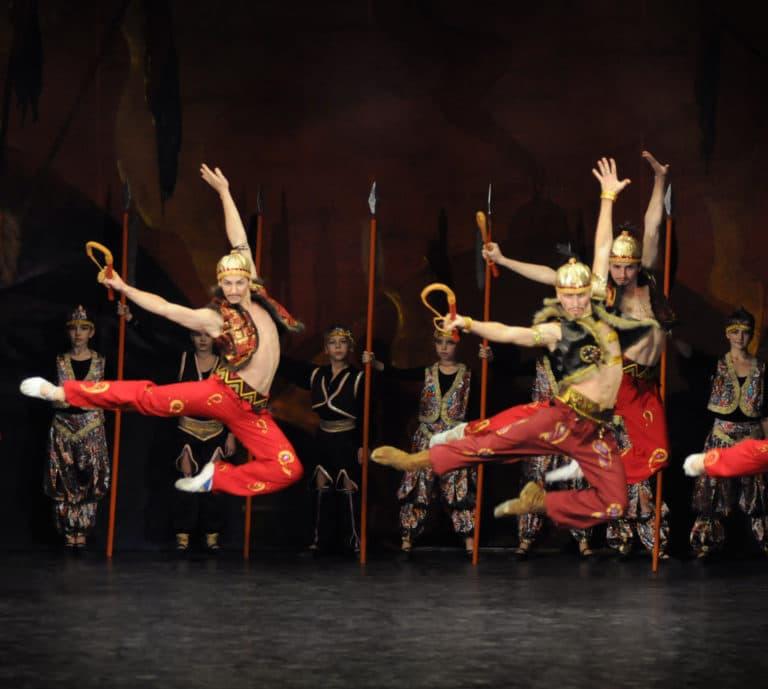 bailarines de ballet argumentos de ballet  Las Danzas Polovtsianas del Príncipe Igor de Borodin y el ballet de Diaghilev